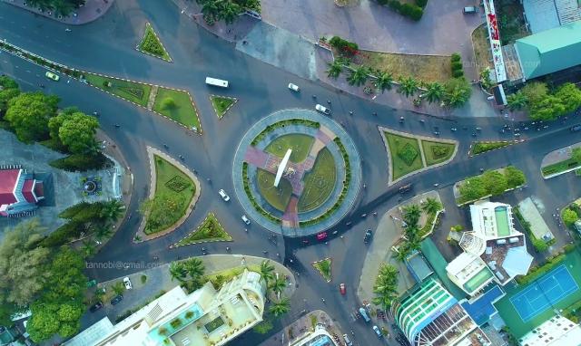 Xây dựng Đắk Lắk phát triển nhanh, bền vững về kinh tế, xã hội và môi trường