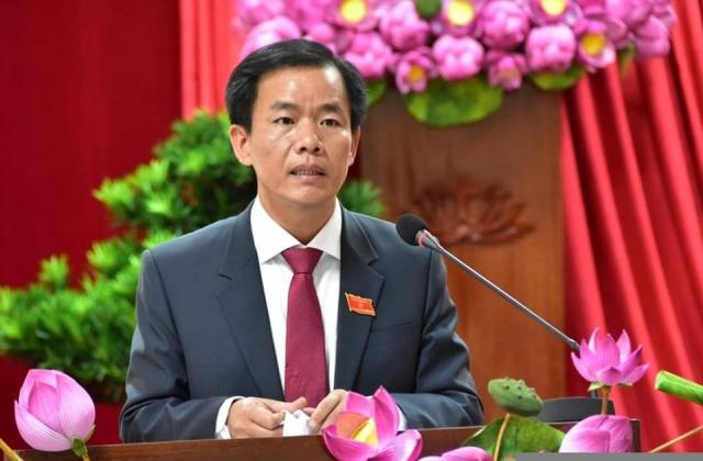 Thủ tướng phê chuẩn Chủ tịch, Phó Chủ tịch UBND 5 tỉnh