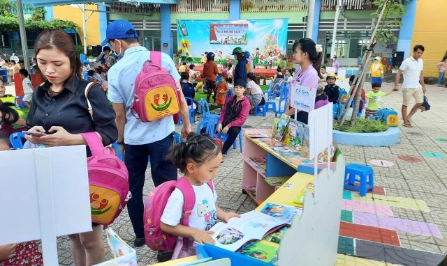 Trường Mầm non Bông Sen tổ chức