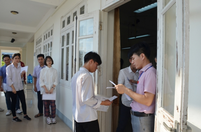 Quảng Ninh: Hơn 14 nghìn sĩ tử bước vào môn thi đầu tiên kỳ thi THPT quốc gia 2019