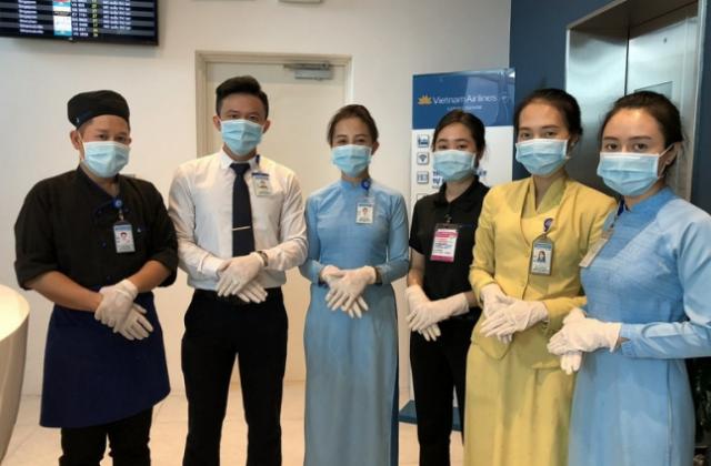 Hãng hàng không quốc gia thay đổi tiêu chuẩn dịch vụ để phòng ngừa dịch nCoV