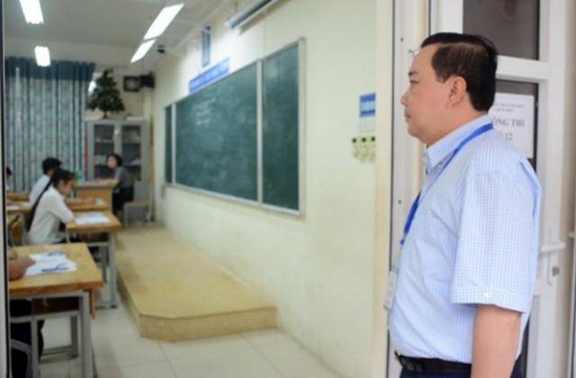 Kỳ thi vào lớp 10 Hà Nội: 3 thí sinh bị đình chỉ thi vì mang tài liệu, gần 500 thí sinh vắng mặt