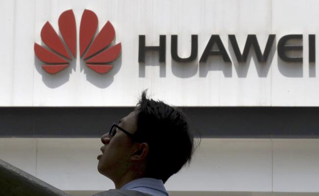 Nhiều tập đoàn công nghệ lớn của Mỹ ngừng hợp tác với Huawei