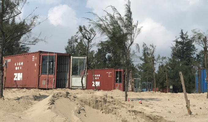 Chưa được cấp phép, doanh nghiệp tự ý thay đổi lắp đặt cả trăm nhà bằng container trong rừng phòng hộ