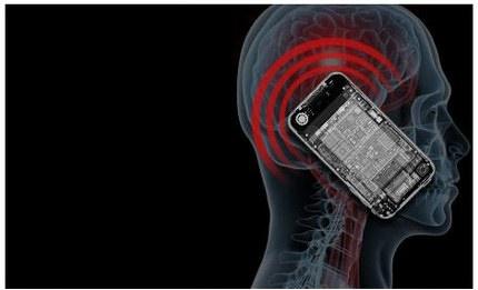 Triển khai robot gọi điện thoại tự động hỏi thăm sức khỏe người dân
