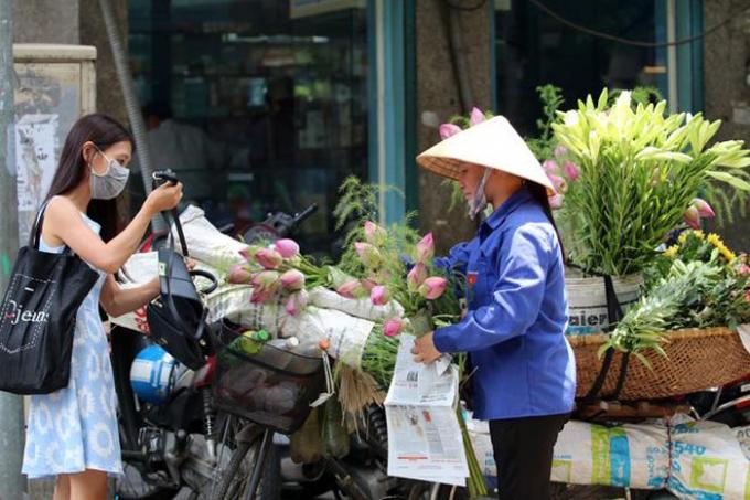Nắng nóng gia tăng ở Đông Bắc Bộ và Trung Bộ