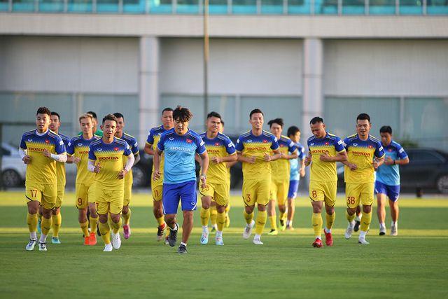 HLV Park Hang Seo hé lộ hai cầu thủ quá tuổi thi đấu ở SEA Games 30