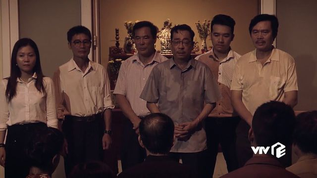 """NSND Hoàng Dũng """"gai người"""" khi diễn trước 9 chiếc quan tài trong phim """"Sinh tử"""""""