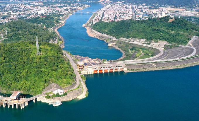 Dự án mở rộng thủy điện Hòa Bình: Khởi công chậm không ảnh hưởng mục tiêu về đích