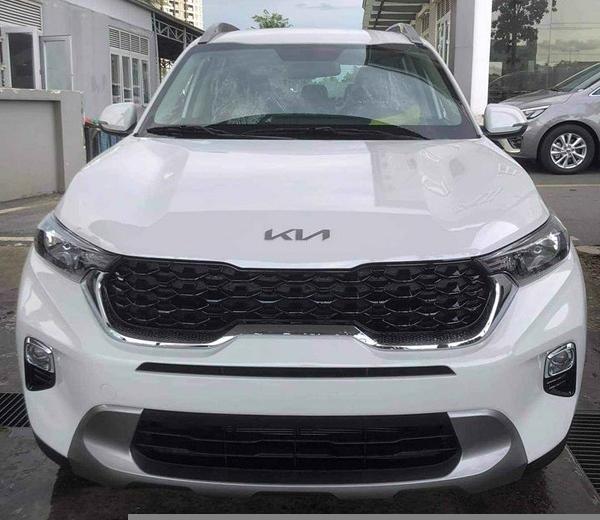 Loạt ô tô mới về đại lý, chờ ngày mở bán tại Việt Nam