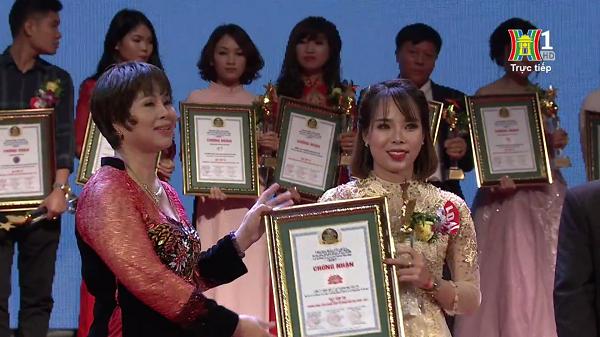 Chamomile lọt Top 30 Thương hiệu, sản phẩm, dịch vụ hàng đầu Việt Nam