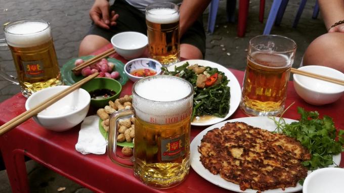 Hà Nội: Dừng hoạt động các nhà hàng, quán bia hơi để phòng chống dịch Covid-19