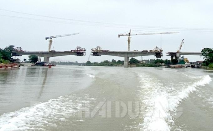 Hải Dương: Khống chế chiều cao tàu thuyền đi qua khu vực thi công cầu Mây